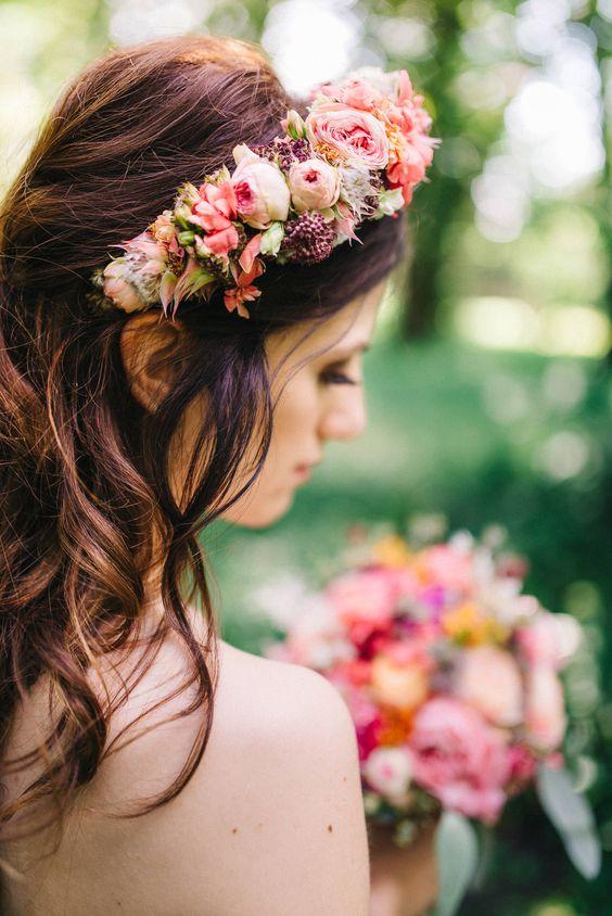 Coronite cu flori pentru par
